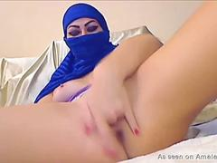 Amateur Arab Webcam Girl Toys Both Holes