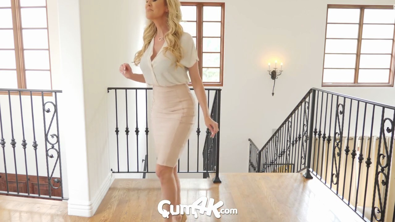 Mom Xxx Blonde Creampie