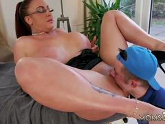 Hot mom pussy fuck Big Tit StepMom Gets a Massage