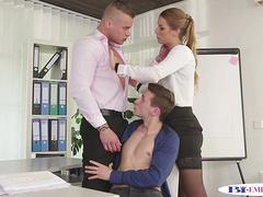 Bisexual trio cocksucking in the office