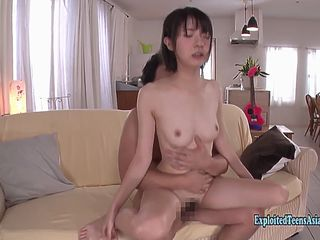 Girl squirts then gets internal cumshot