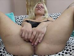 Saggy Tits German Mature love to Anal and DP by 2 Huge Cock