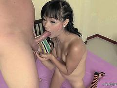 Slim Thai girl gets a nice creampie finish