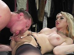 Blonde shemale anal fists colleague