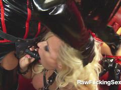 Raw Fucking Sex - Michelle Thorne In Latex Suit Loves Threesome Fuck With Femdom
