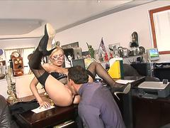 Secretary fuck with her boss on first day in new job at office.